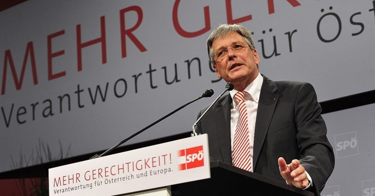 """<p>By SPÖ Presse und Kommunikation Foto: Thomas Lehmann (Flickr: Bundesparteitag 2012) [<a href=""""https://creativecommons.org/licenses/by-sa/2.0"""">CC BY-SA 2.0</a>], <a href=""""https://commons.wikimedia.org/wiki/File%3APeter_Kaiser_-_SP%C3%96-Bundesparteitag_2012a.jpg"""">via Wikimedia Commons</a></p>"""
