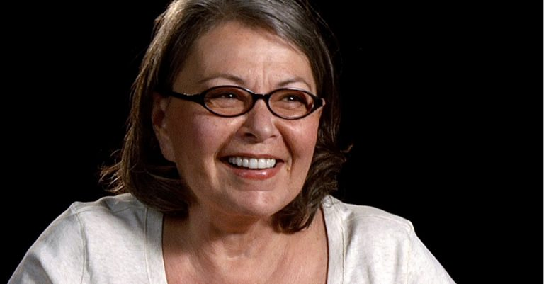 "<p>Bild (Roseanne Barr in der Doku &#8222;I am Comic&#8220;, 2010): Monterey Media via <a href=""https://www.flickr.com/photos/montereymedia/5367870718/"">Flickr</a> [<a href=""https://creativecommons.org/licenses/by-sa/2.0/"">CC BY-SA 2.0</a>]</p>"