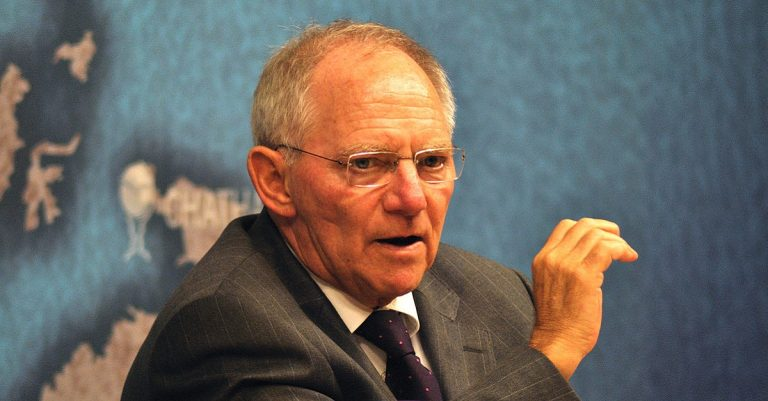 """<p>By Chatham House (HE Dr Wolfgang Schäuble) [<a href=""""https://creativecommons.org/licenses/by/2.0"""">CC BY 2.0</a>], <a href=""""https://commons.wikimedia.org/wiki/File:HE_Dr_Wolfgang_Sch%C3%A4uble_(6257468800).jpg"""">via Wikimedia Commons</a> [Bild zugeschnitten]</p>"""